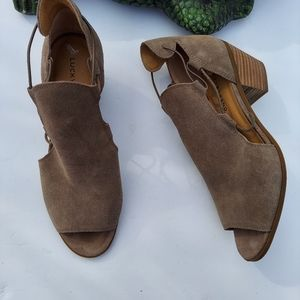 Lucky Brand LP Berrette Taupe Suede Booties sz 10